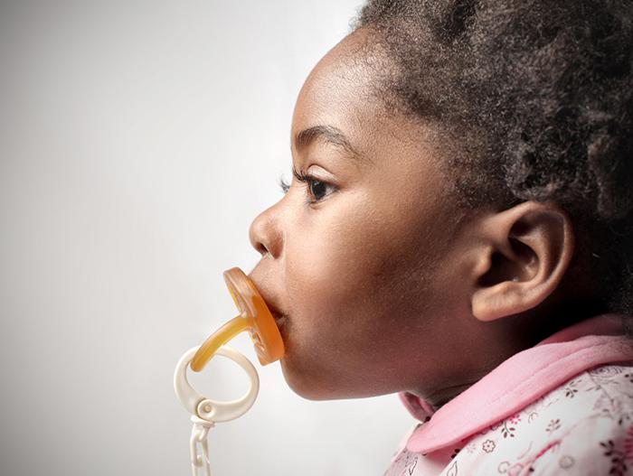 A chupeta faz mal para a saúde bucal do bebê?